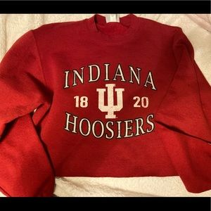 college cropped crew neck